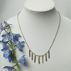 *NWT Gold tone necklace